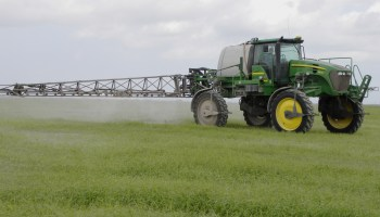 Two Overton pesticide applicator trainings set Dec. 5 and 10