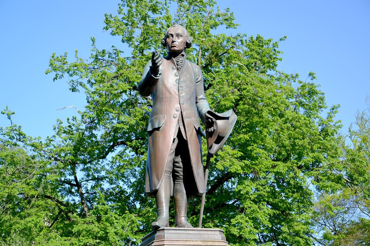 How 18th Century Philosopher Immanuel Kant Is Still