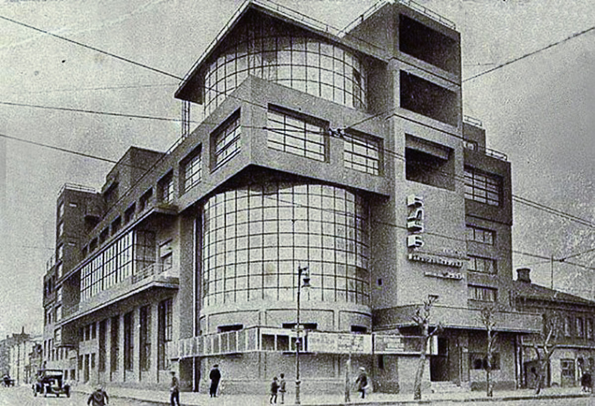 Russian constructivism in architecture a guest in russia for Architecture 1930