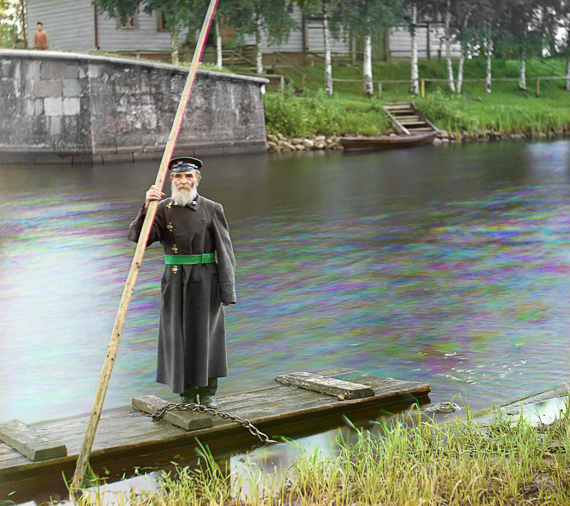 Mariinsky Canal System. Gatekeeper P. Karlinsky, 84 years old, 66 years in the service (1909)
