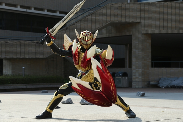 Renowned Kabuki Actor to Portray Villain in Kamen Rider Gaim Movie