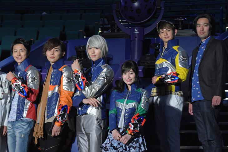 Press Conference Held for Upcoming Uchu Sentai Kyuranger Film