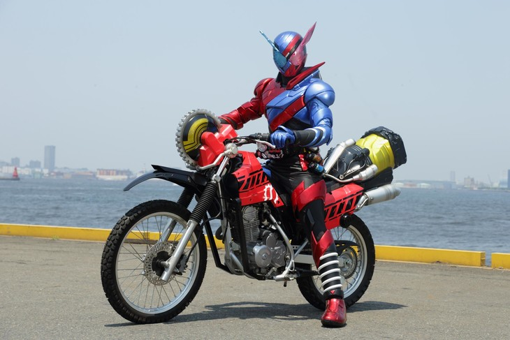 Kamen Rider Build on the Machine Builder