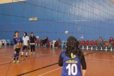 اشتراک ۶۰ بانو در رقابتهای دوستانۀ والیبال در کابل
