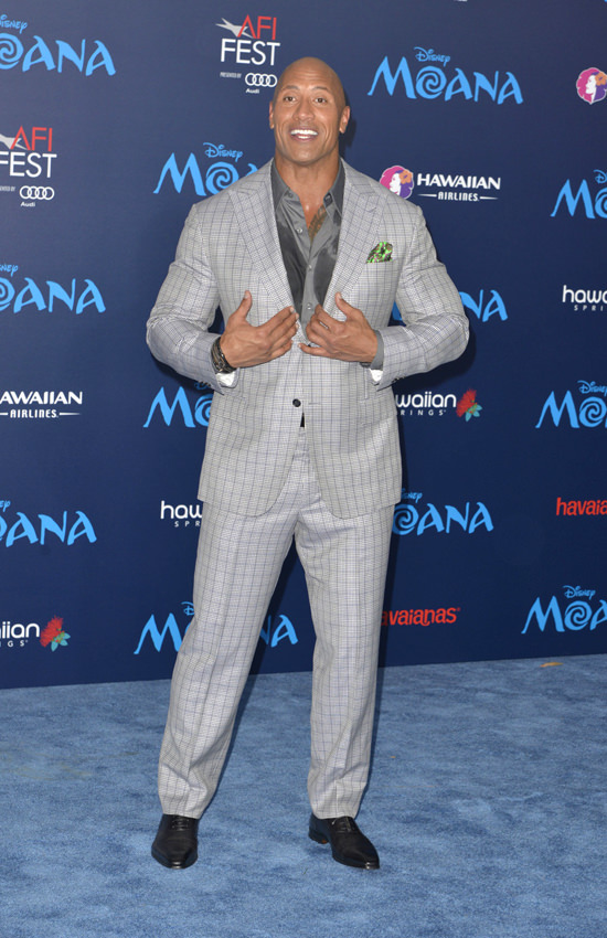 "Tomt Ailor ""sexiest Man Alive"" Dwayne Johnson Fills Out A Suit At The"