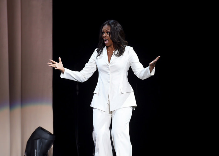 Michelle Obama And Tracee Ellis Ross Sing A Duet Of