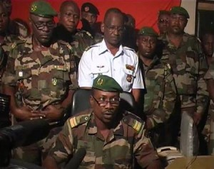 The CSRD leaders (standing, l-r),:Cmdt. Salou Djibo,  Gen. Abdou Kaza, Cols.