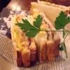 [HUB]期間限定の「チキンエッグサンド(カレーマヨver.)」を食べてみた!サクサクトーストにスパイシーな香りがベストマッチ