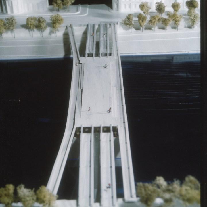 Paris Bridge Model