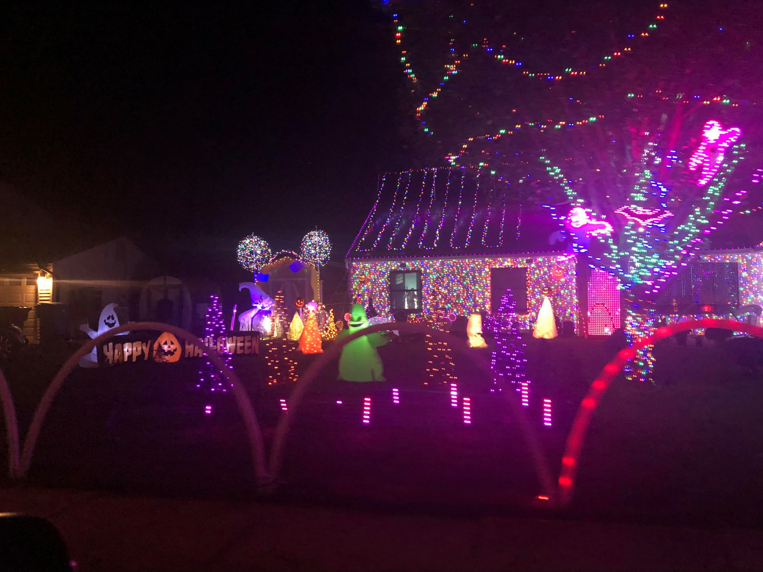 Toms River Home Beloved For Holiday Displays Creates A Halloween Version Toms River Nj Shorebeat