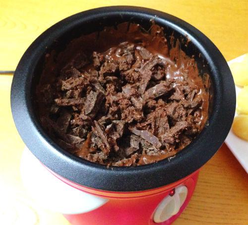 加熱9分後 電気式チョコレートフォンデュ