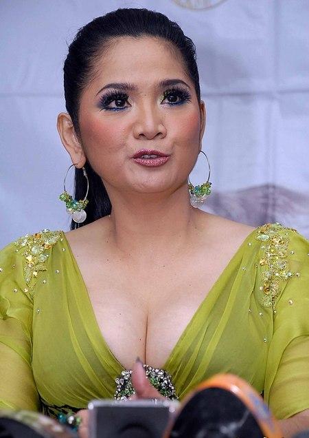 Nama Perusahaan It Di Bogor Httpspreicantiklucu Vina Dewi Sastaviyana Panduwinata Lahir Di Bogor Jawa Barat 6