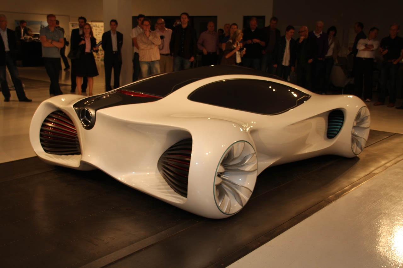 Mercedes benz biome images of a futuristic car for Mercedes benz future car