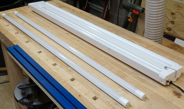 Hands on Feit LED Worklight and LED Replacement Tubes from Costco