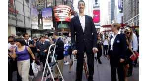 Top 10 pessoas mais altas da história