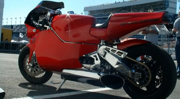 MTT Turbine Superbike Y2K d entre as motos mais rapidas do mundo