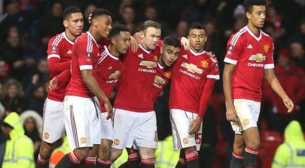 Manchester United  entre os clubes de esportes mais valiosos do mundo