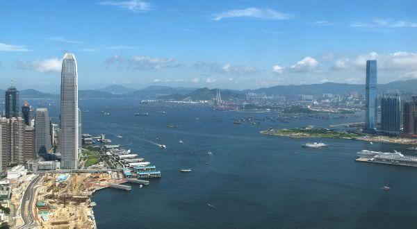 victoria harbour entre as baías mais bonitas do mundo