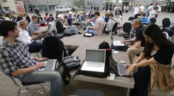 letonia entre os países com a internet mais rápida do mundo