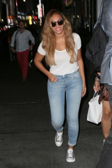 beyonce in python chuck taylor
