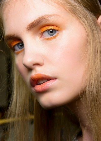 glossy orange eyeshadow