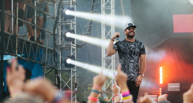 sam-hunt-sunfest-2015-breeze-photography