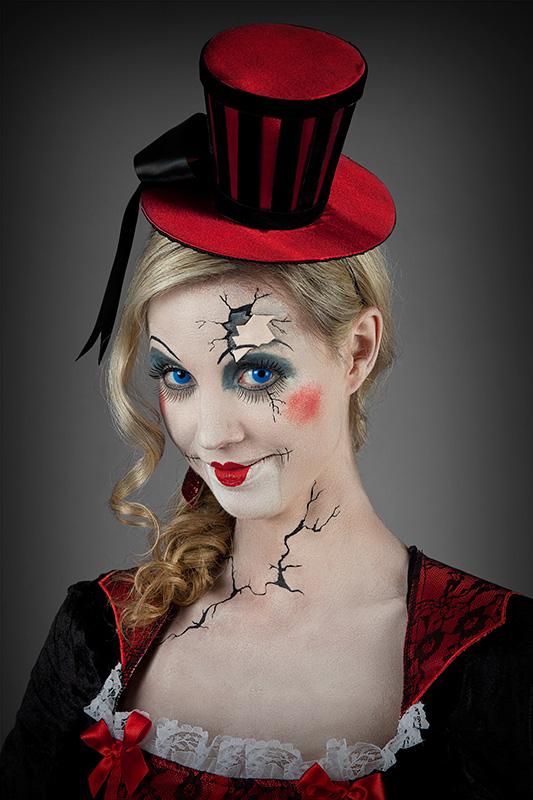 Halloween Schminke Zum Selber Machen.Clown Schminke Selber Machen