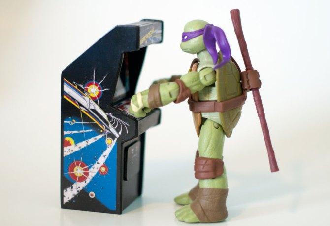 Nickelodeon Ninja Turtle Donatello Review