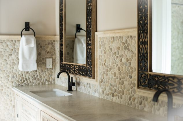 15 Pebble Mosaic Ideas For Trend Bathroom Art Top