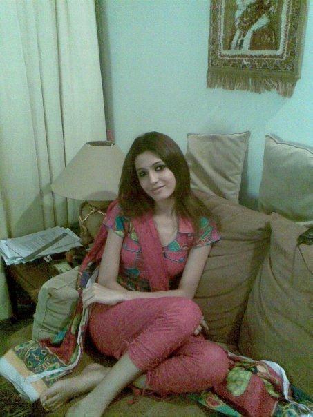 Alwar Girl Wallpaper Full Sleeve Kameez Half Matching Dupatta Indian