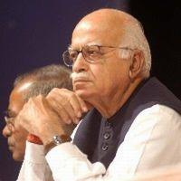 PM weak, can't speak up against corruption: Advani | TopNews