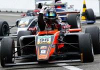 Joey Mawson jubelt über den Meisterschaftssieg © ADAC Motorsport