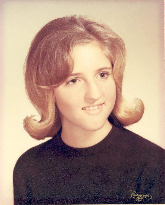 Linda Hansford Baldyga's 1966 senior photograph