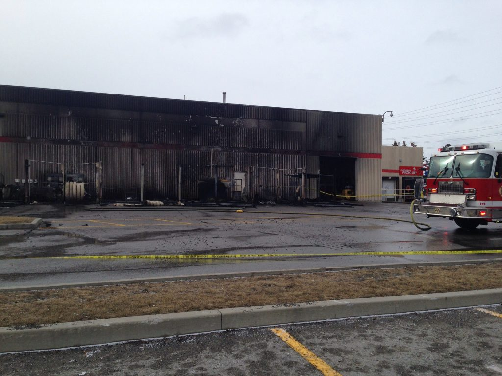 Canadian Tire Book Shelves Massive Fire Outside Ajax Canadian Tire Deemed Suspicious