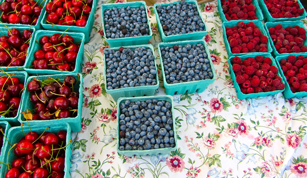 berries from the farmer's market