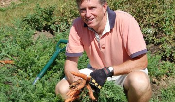 Mark Cullen in the Garden with Carrots