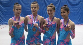Victoria Reznik, Anjelika Reznik, Katrina Cameron and Melodie Omidi