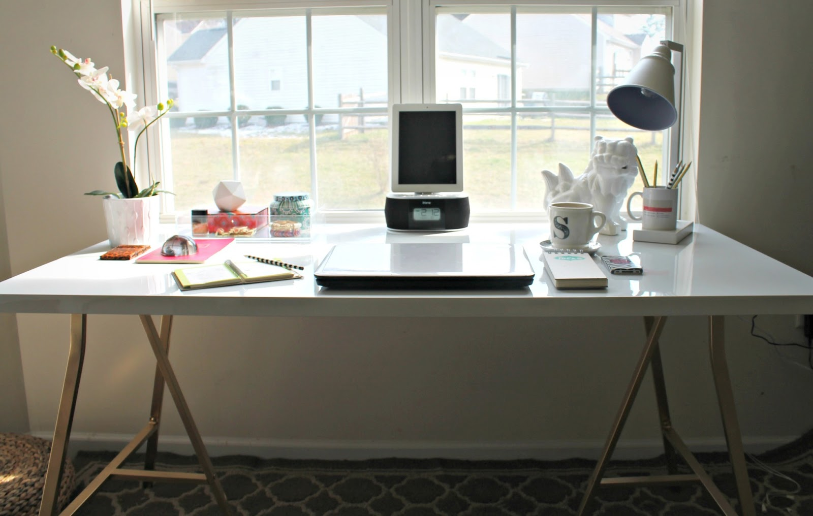 Ikea Com Desk Awesome Ikea Hack Of The Week Build Your Own Modern Desk For