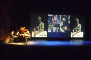 Música en directo durante la proyección de imágenes