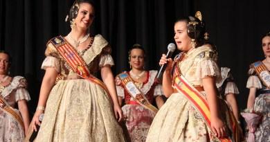 Noelia Peinado y Carla Pallardó se despiden de su reinado en un emotivo acto