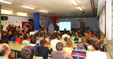 Caixa Rural Torrent entrega sus Premios Educativos en los propios centros escolares