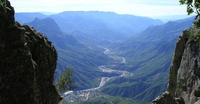 copper-canyon-trekking