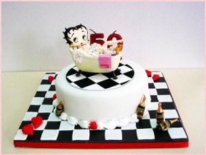 10 Hermosas tortas decoradas de Betty Boop (3)