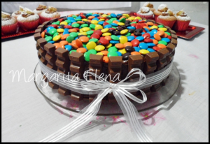 10 tortas decoradas con rocklets (8)
