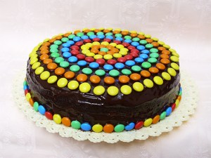 10 tortas decoradas con rocklets (9)