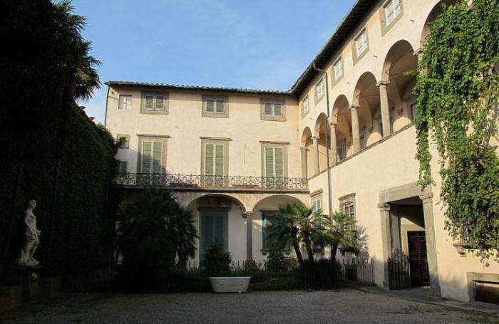 Palazzo Mansi