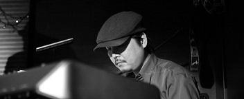 toshi maezawa jazz pianist