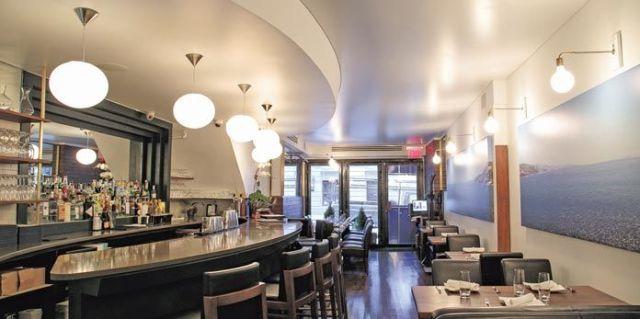 """An interior view of Maria Loi's Loi Estiatorio on Manhattan's """"Billionaire's Row"""" (photo by Samira Bouaou/Epoch Times)"""