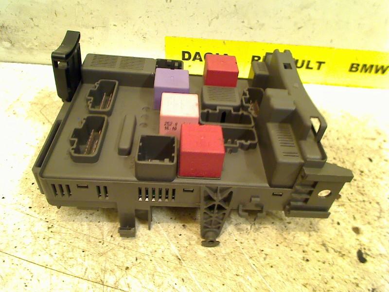 Fuse Box Renault Espace (JK) MPV 20 dCi 16V 150 (M9R-814