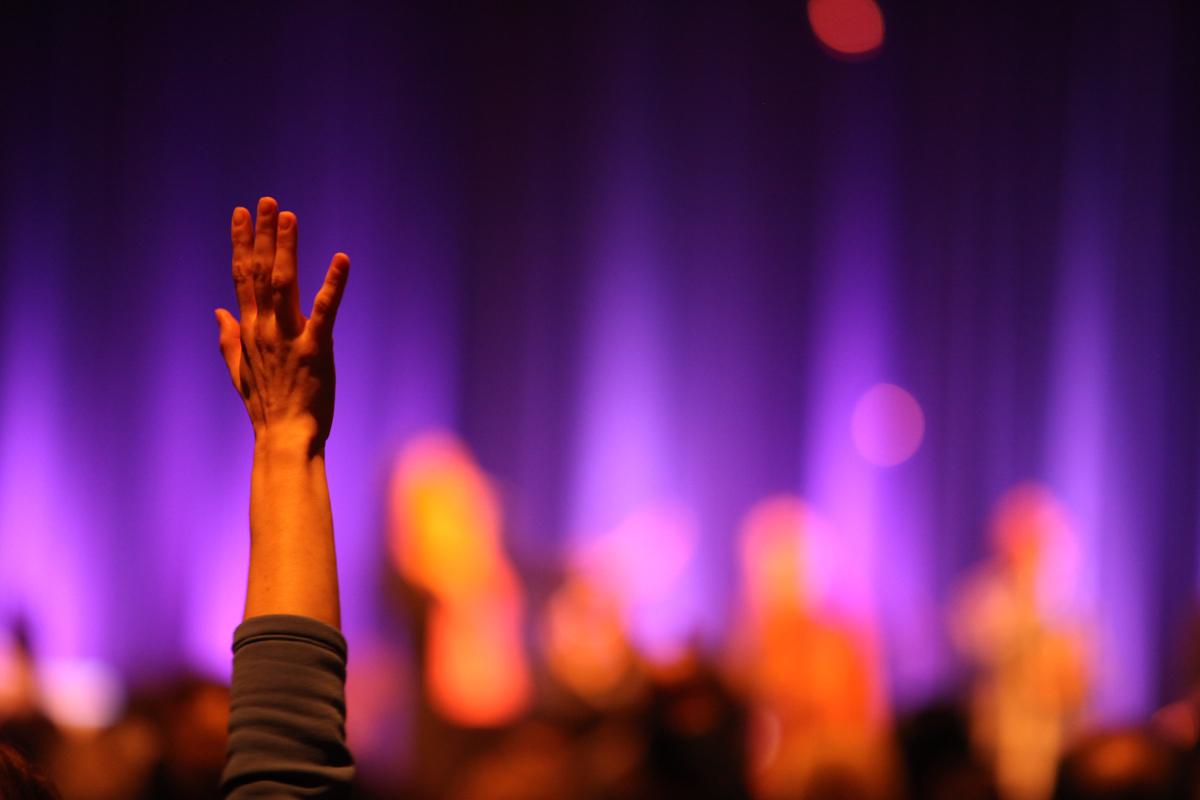 Praise And Worship Wallpaper Hd 5 Se 241 Ales De Que Hay Idolatr 237 A En Tu Iglesia